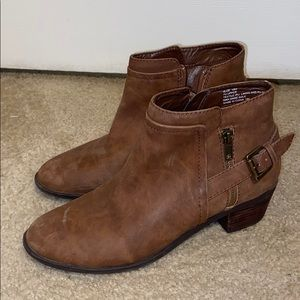 Leather Madden Girl booties with buckle